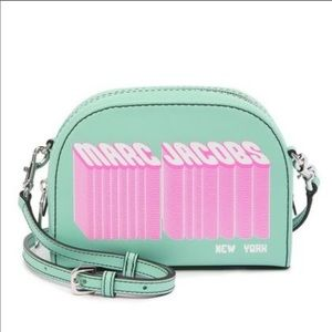Marc Jacobs new authentic playback design